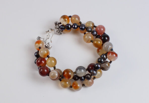 Bracelet - red/orange agate & natural pearl