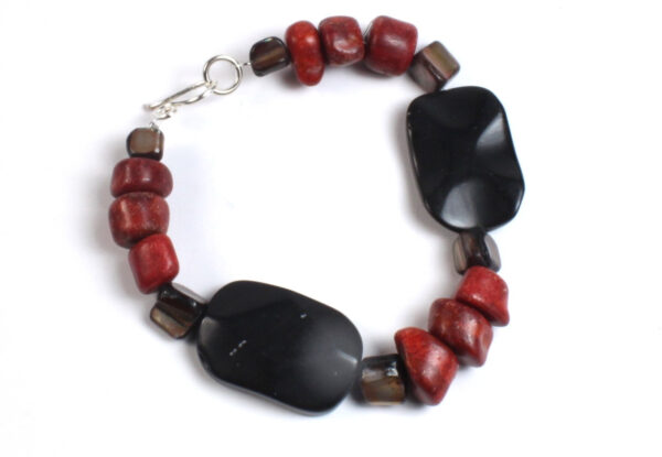 Bracelet - faceted blackstone, coral & pearl