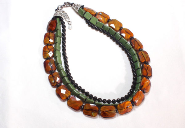 Necklace brown glass & green serpentine