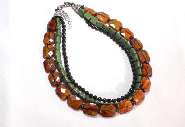 Necklace brown glass & green serpentine