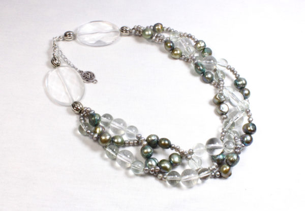 Necklace plaited, pearls & clear glass