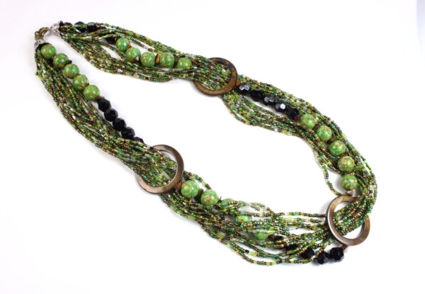 Necklace - green/black seeds & magnesite