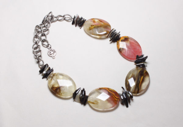 Necklace - tigerskin glass & black lip shell