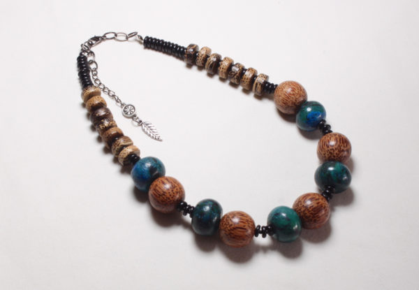 Necklace - dyed turquoise & palmwood