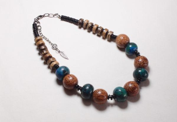 Necklace - dyed turquoise & palmwood