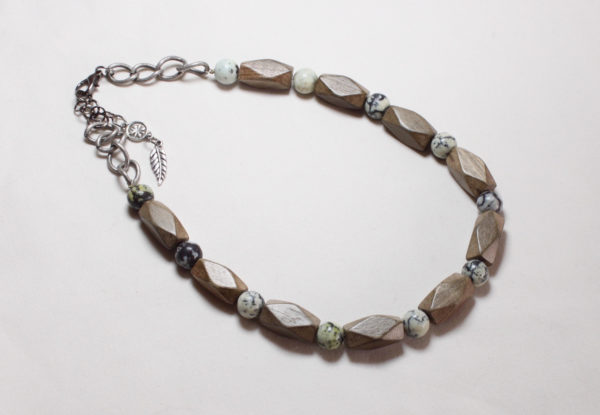 Necklace bracelet grey turquoise & wood
