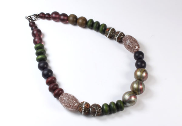 Necklace - Kashimiri, green& claret wood/glass