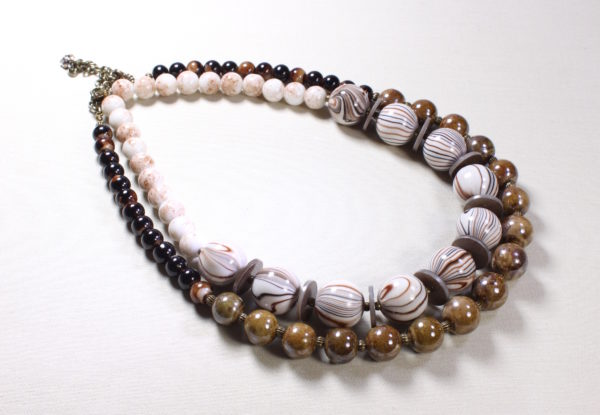 Necklace Duo brown striped acrylic & lustre porcelain