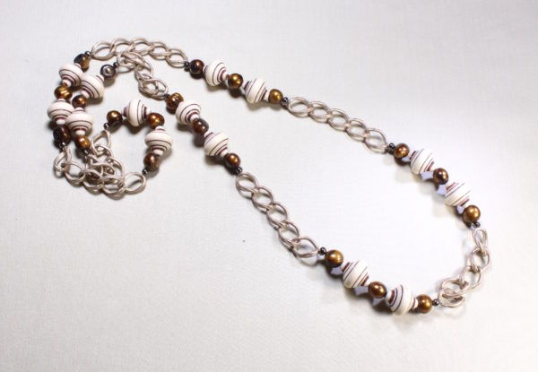 Long necklace pearl acrylic & chain