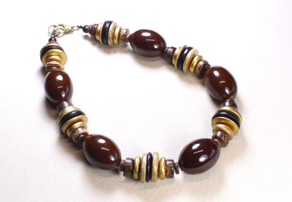 Necklace with brown porcelain & gold discs