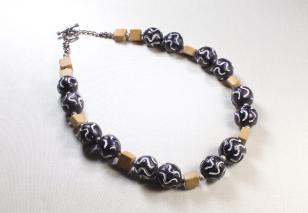 Necklace with Indian hand-carved black clay beads