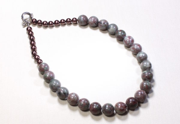 Necklace - Kashgar garnet with copper glass beads