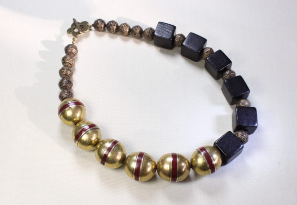 Necklace Afghan oval beads & black wooden cubes