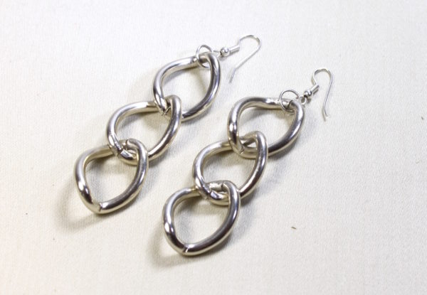 Earrings large silver-finish chain