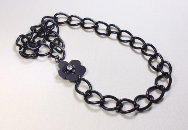 Necklace long matt black chain with flower focal