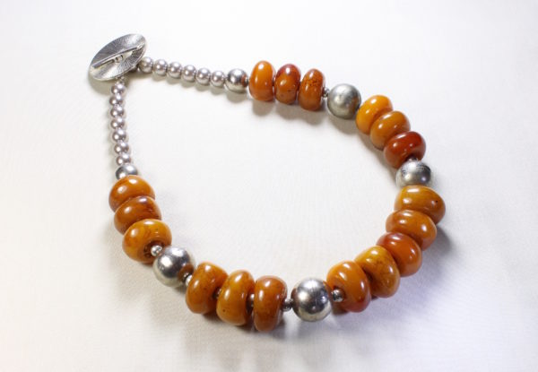 Necklace antique Tibetan amber & silver beads