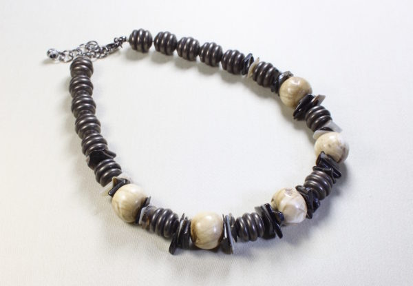 Necklace large Tibetan antique shell corrugated gunmetal