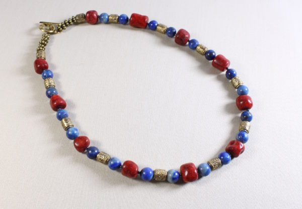 Necklace coral lapis lazuli decorative brass